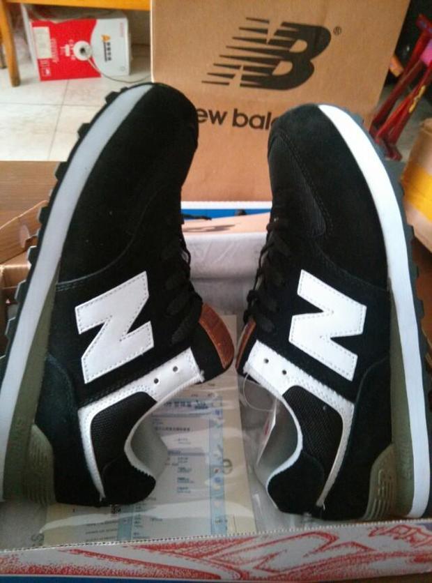 nb黑色运动鞋配什么裤子好看