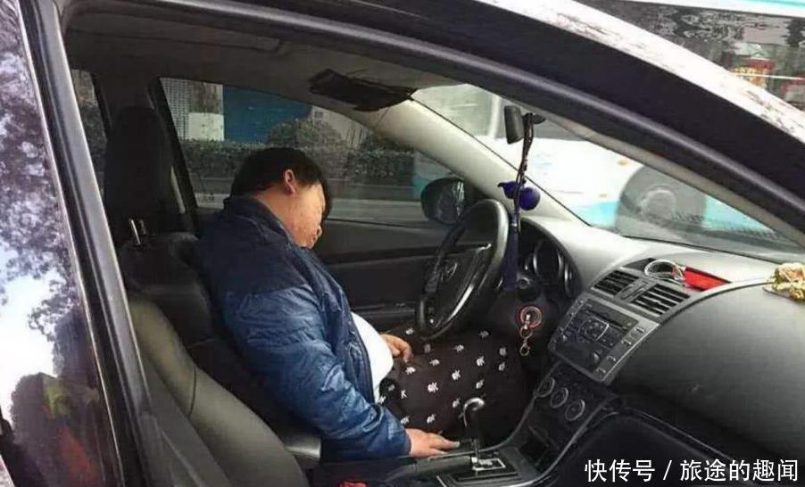 喝醉后车内休息被查到也算酒驾?交警说完,车主懵了:逗我呢?
