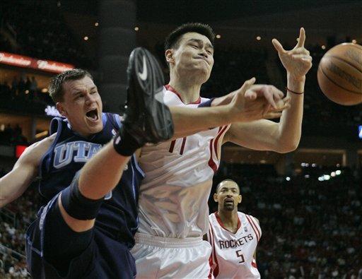 篮球规则阻挡犯规图解