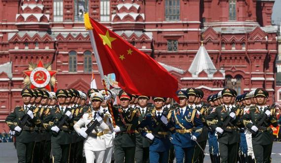 三军仪仗队亮相红场 三军仪仗队孙国祥 三军仪仗队红场阅兵