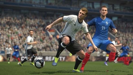 《实况足球2017》正式公布 AI能够向玩家学习
