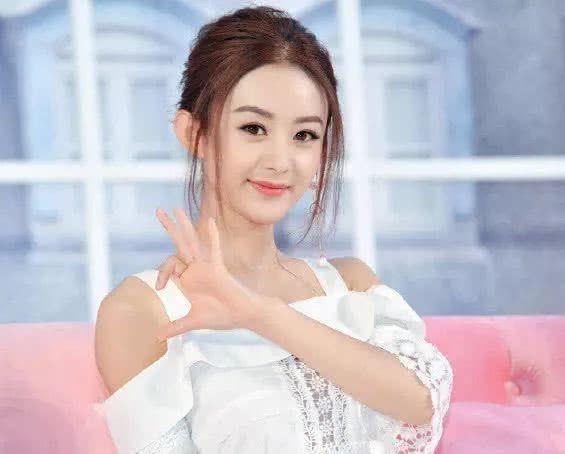 她是赵丽颖的替身,如今却担任女主角,演技丝毫不逊色于赵丽颖