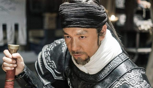 刘伯温直接说出这三人绝不能当宰相,朱元璋却内心暗喜选择了他们