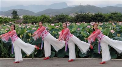 广西柳州彩虹健身队《来生愿做一朵莲》