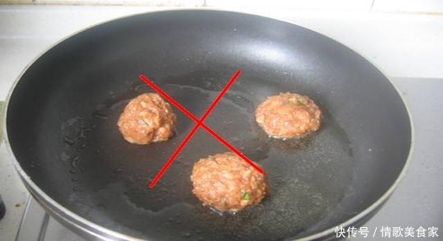 做菜离不开锅,告诉你,怎样使用各种材质的锅,才安全!