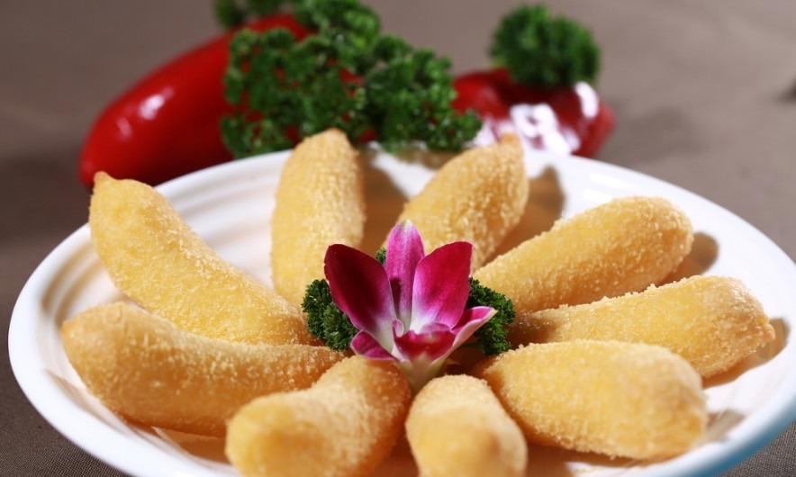 美食推荐:外焦里嫩的炸香蕉 宝宝们最爱吃的营养早餐