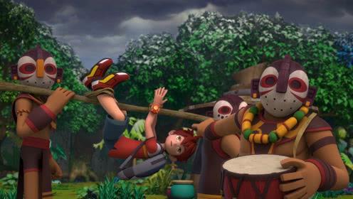 第53集看点3 马诺落入丛林,被土著人强行抓走!