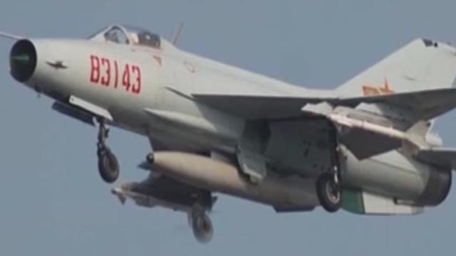 中国歼-7战机为何去了斯里兰卡