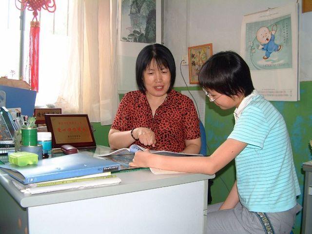 青岛第二十一中学语文教师吴乐琴