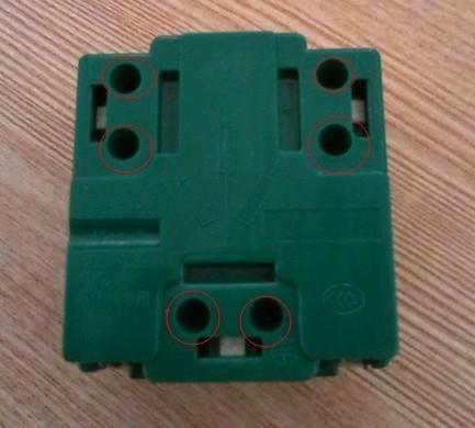 弹起式桌面插座背后接线如何接