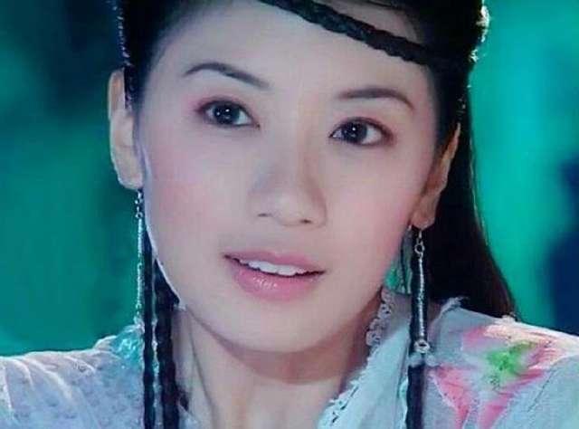 额头留辫子的13位古装美女:范冰冰最丑,第一名堪称童年女神