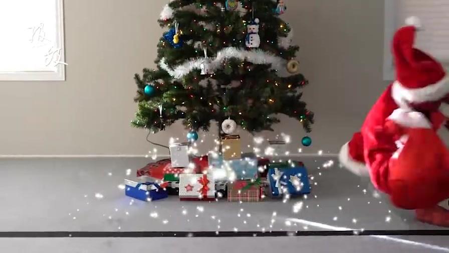 专业对口!蜘蛛侠接到圣诞老人求助电话,跑酷模式帮忙送礼物!