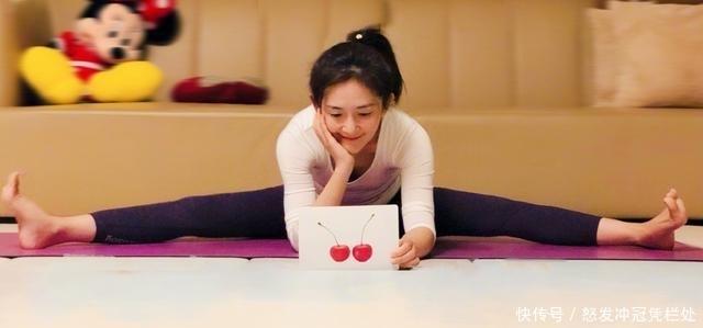 不怕练出肌肉,谢娜健身房练负重深蹲,从150斤
