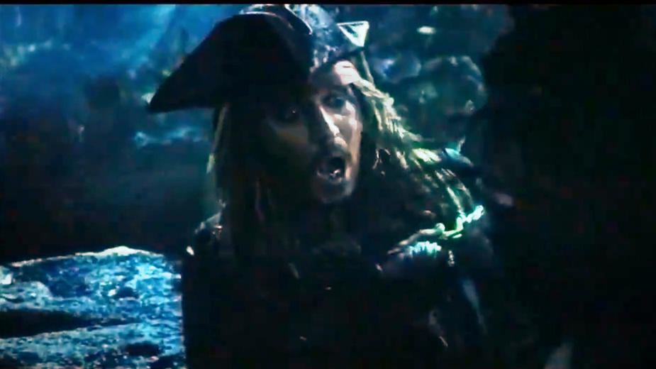 《加勒比海盗5》诅咒解除,幽灵船长复活,