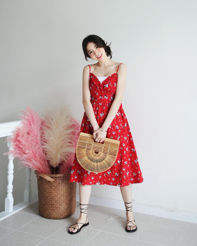 凉鞋怎么搭配 时尚达人示范今夏最时髦的装扮