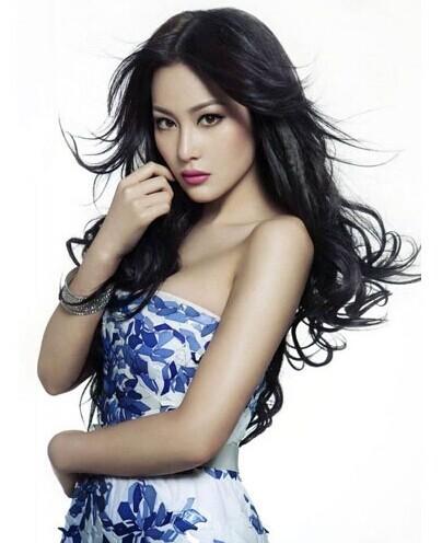 张馨予,莫小棋等多位女神同台pk,节目刚刚播出她便因出色的外貌和可爱