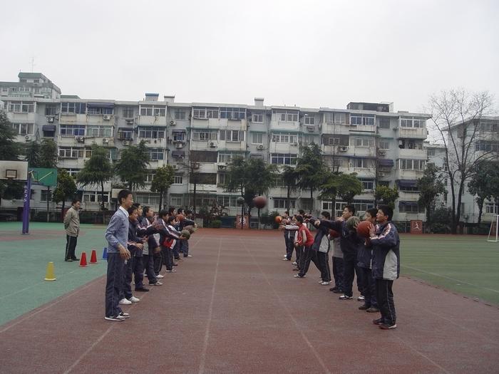 南京市第十三中学(初中大塘)湖大纵西家宋可图片