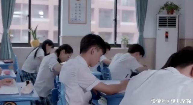 中国最牛v考语生,考语文忘写名字,考英语在睡觉电视剧凤囚凰mac官网图片