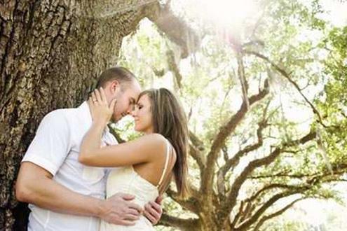 成熟男人吸引少女的10个套路 - 枫叶飘飘 - 欢迎诸位朋友珍惜一份美丽的相遇,珍藏