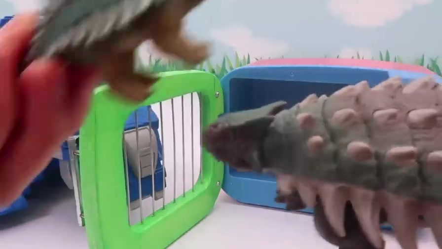 趣味玩具乐园:有趣的恐龙蛋孵化现场,成为霸王龙变形金刚!